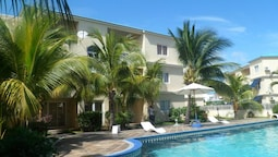 Apartment With 3 Bedrooms in Flic en Flac, With Shared Pool, Furnished