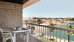 Romantic Apartment Sea View Cascais Bay