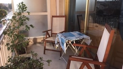 Apartment With 2 Bedrooms in Antibes, With Furnished Terrace and Wifi