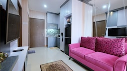 Deluxe And Comfortable 2BR Northland Ancol Residence Apartement