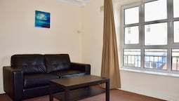 1 Bedroom Apartment Amazing Central Location