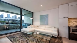 Luxury Studio With Parking in Woolloomooloo - WMLOO