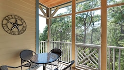 Seagrove Highlands 2404 - Three Bedroom Condo