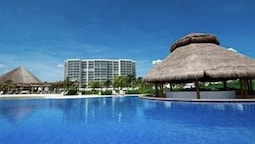 Amara Cancun Beachfront