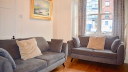 2 Bedroom Apartment Close to Canal Dock Dublin