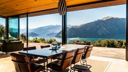 Breathtaking Views of Lake Wanaka From This Architectural Designed Hom