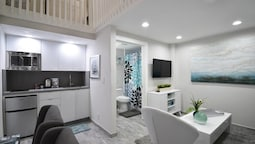 Amazing & Stylish Hobe Loft Cozy Beach Unit # 3