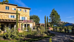 Fonte Martino Guest House & Estate