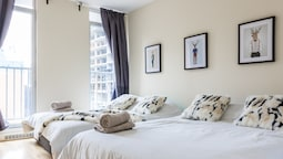 Airy Downtown Apartments by Nuage