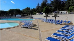 Property With 2 Bedrooms in Agde, With Pool Access and Furnished Terra