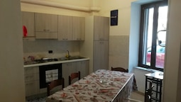 Apartment With 2 Bedrooms in Le Castella, With Wifi - 350 m From the B
