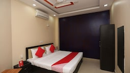 OYO 22665 Hotel Dev Shree