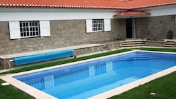 Villa With 3 Bedrooms in Ulgueira, With Wonderful sea View, Private Po