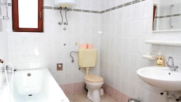 Apartments Sanader / One Bedroom A2 1 Bedroom 1 Bathroom Apts