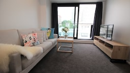 Brand New 2 Bedroom Apt Close to Harbour (Connect 401)