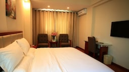 GreenTree Inn Sanya Heping Street Lover Bridge Express Hotel