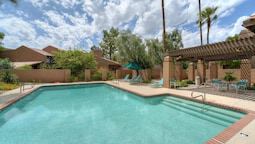 Camelback Mountain 2 BR by Casago