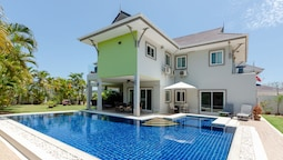 3 BR Pool Villa With Amazing Views TH2