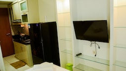 Classic Studio Room Cinere Bellevue Suites Apartment