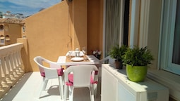Apartment With one Bedroom in Calpe, With Shared Pool and Furnished Te