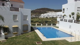Apartment With 2 Bedrooms in Estepona, With Pool Access and Furnished