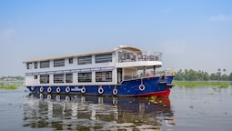 OYO 24725 Houseboat Royal River 4bhk