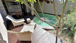 Villa Cantika Resort