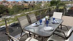 T&H Romana Salou Family Apartment