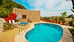 Chrisuli - well furnished villa with panoramic views in Moraira