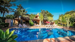 Finca Fustera - charming, Spanish finca style holiday villa in Benissa