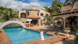 Germania - holiday home with private swimming pool in El Portet