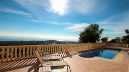 Mimo - sea view villa with private pool in Moraira-Teulada