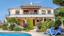 Nessa - well furnished villa with panoramic views in Benitachell