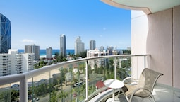 Gold Tower - Surfers Paradise 2 Bedroom