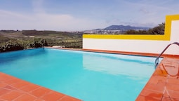 Villa With 4 Bedrooms in Algueirão Mem Martins, With Wonderful Mountai
