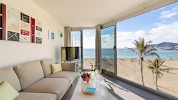 PLAYA GRANDE by Living Las Canteras