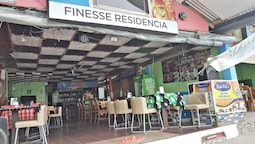 Finesse Residencia Bar and Restaurant