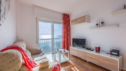 1b. Wonderful Apartment with Sea View in Playa De Las Vistas