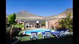Dream Villa, Heated Swimming Pool, Barbeque