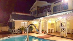 Villa With 3 Bedrooms in Flic en Flac, With Private Pool, Terrace and