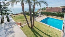 Luxury Beachfront Villa in Tarragona TH 63