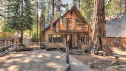 A-mazing Tahoe Cabin