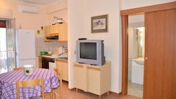 Apartment With one Bedroom in Giardini Naxos, With Balcony