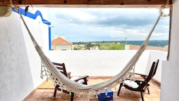 House With 2 Bedrooms in Colares, With Wonderful sea View, Furnished B