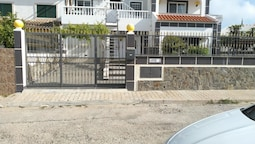 House With 4 Bedrooms in Altura, With Wonderful sea View, Enclosed Gar