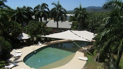 Palm Cove Resort Apartment - Free WiFi, Pools and Gym