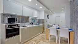 Modern 2 Bedroom Apartment in St Julians