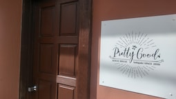 Guesthouse pretty good - Hostel, Caters to Women