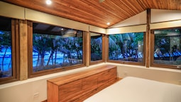 Nekaui Beachfront Villa 1 - Experience Nature