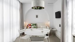 Conil Home Suite